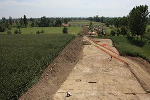 Metanodotto Cremona - scavo in corso con i tubi